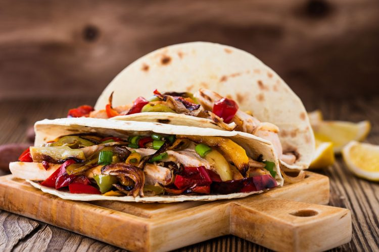 Healthy Dinner Recipe – Slow Cooker Chicken Fajitas